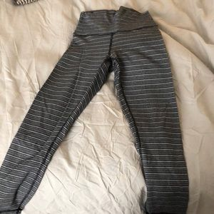 Lululemon 3/4 length pants with high waist